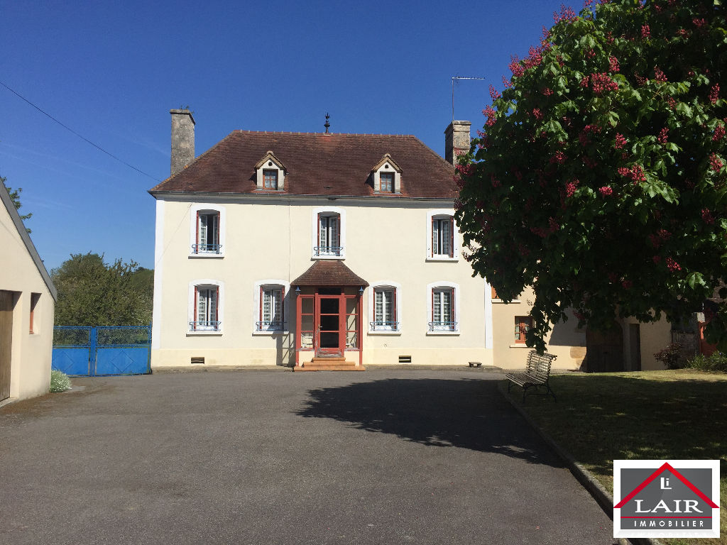 Normandie 61 maison type bourgeoise a vendre agence Lair Immobilier Sees